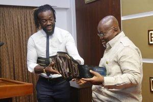 Photos: Kofi Kingston meets President Nana Akufo-Addo.