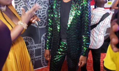 #VGMA20: Kwesi Arthur looking green on the red carpet.