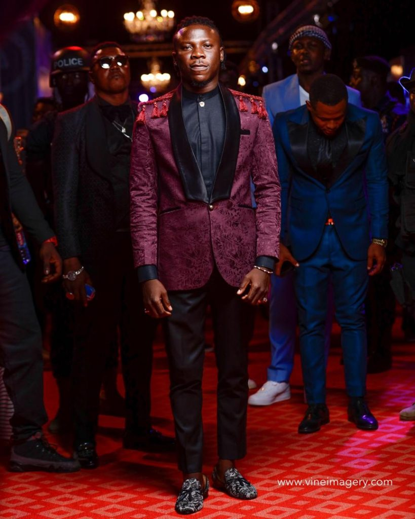Watch: Stage fight halts #VGMA20, Stonebwoy pulls out a gun on stage.