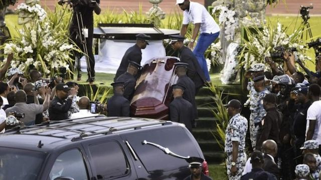 12 people arrested for opening DJ Arafat's coffin